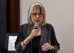 Meredith Bergmann speaks to the nomination of Jack Mundey as a Life Member of the Glebe Society (photo: Phil Young)